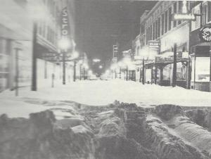 "West Federal Street during the 1950 Thanksgiving weekend storm (c) The Vindicator, scanned from ""A Heritage to Share: The Bicentennial History of Youngstown and Mahoning County, Ohio""."