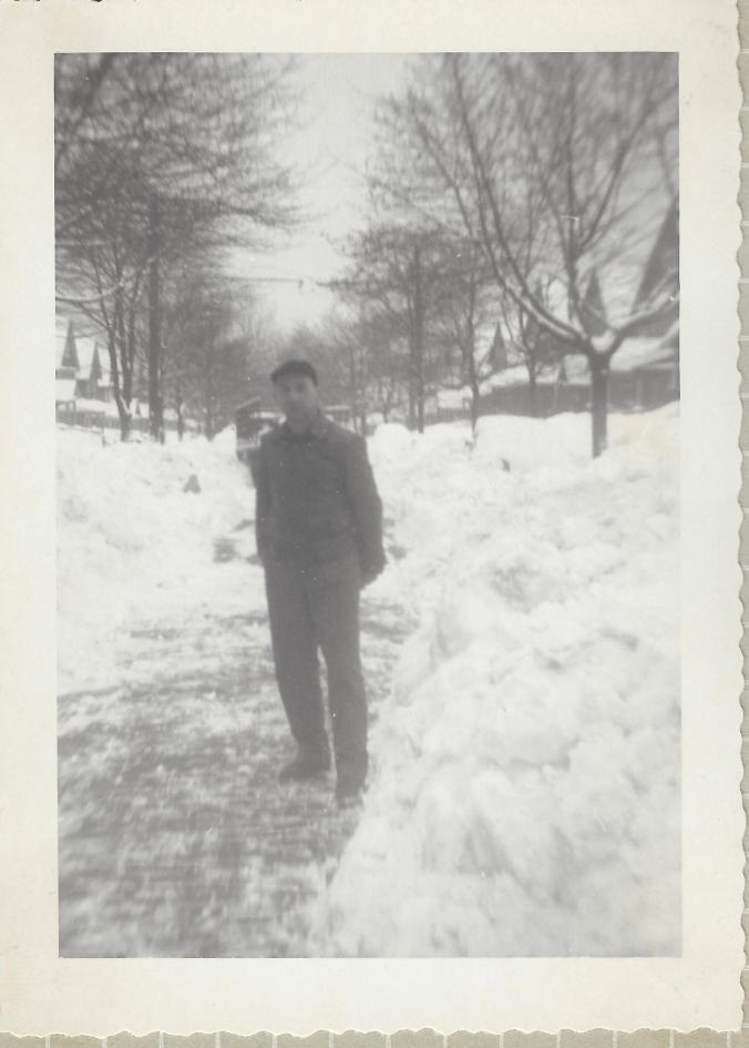 father-in-law-during-big-youngstown-snow