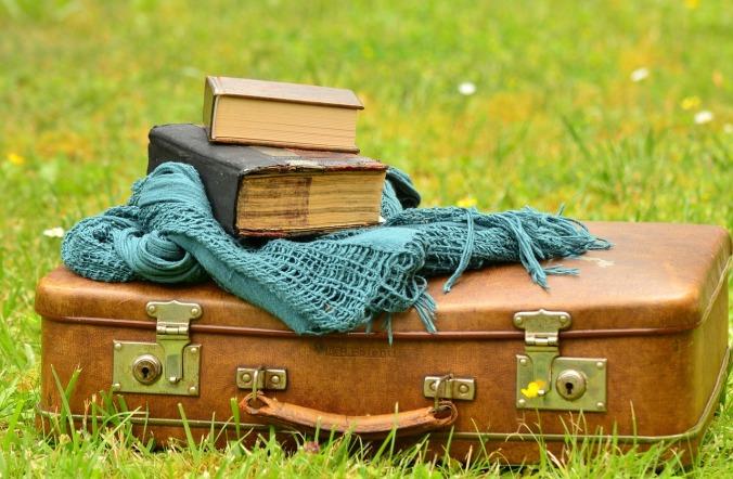 luggage-1482697_1280
